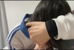 【收藏推荐】大神『唐伯虎』约炮高三粉嫩粉嫩的学妹 很害羞各种姿势操 高清原档合集!